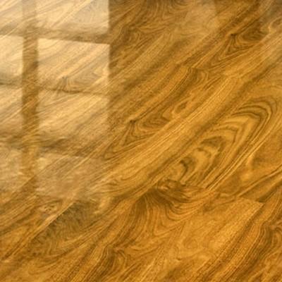 Ламинат глянцевый фото